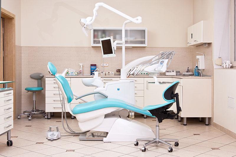 Jakie znaczenie mają protezy zębowe w przypadku braku elementu uzębienia?