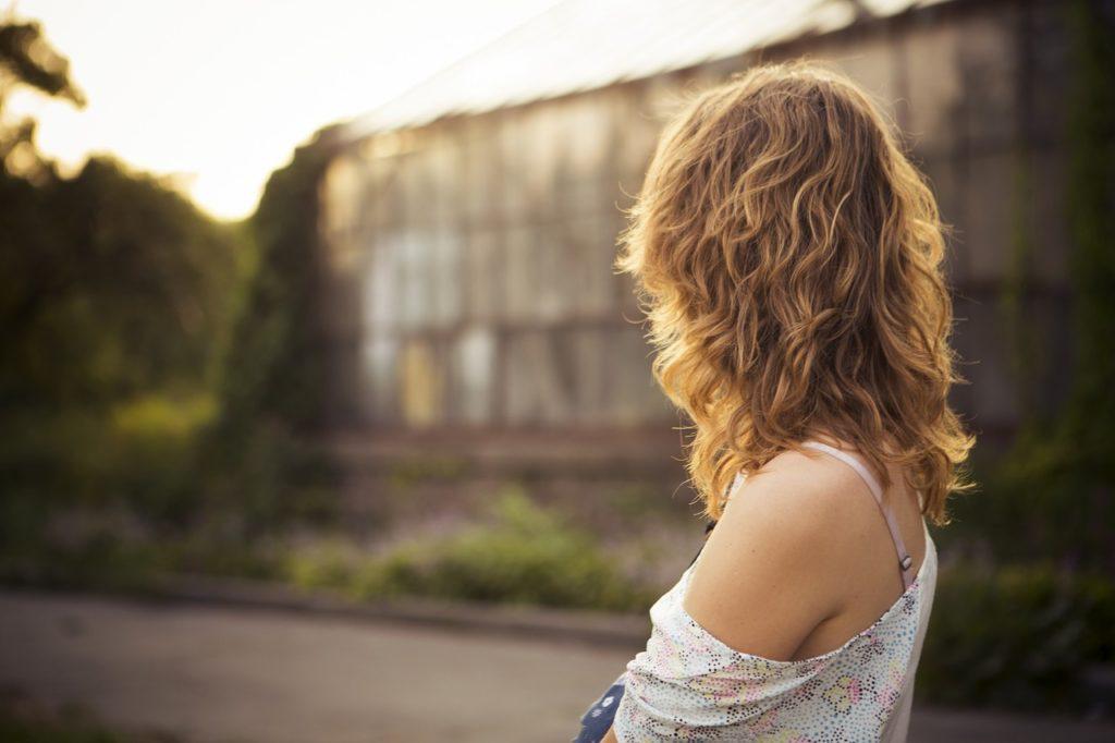 Zależność między pielęgnacją włosów, a rodzajem kosmyków